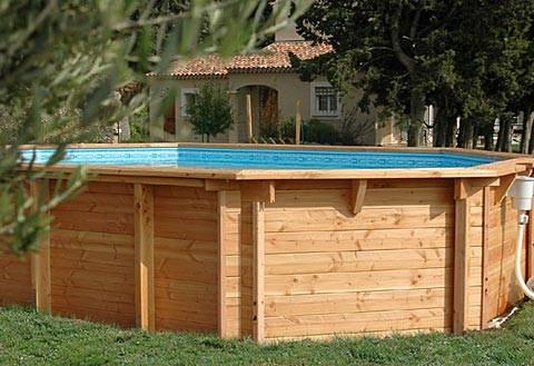 piscine hors terre en bois trait. Black Bedroom Furniture Sets. Home Design Ideas