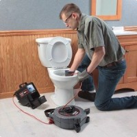debouchage-toilette-bouchee-1-300x300