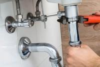 fuites de canalisation  comment les réparer
